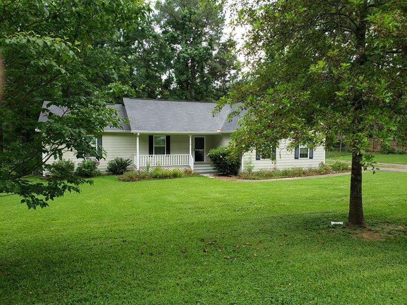 Photo of 110 Brierwood Court, Fayetteville, GA, 30214