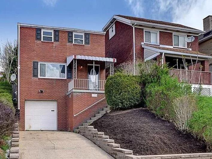 Photo of 1401 Bellaire Place, Pittsburgh, PA, 15226