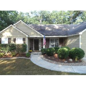 Home for rent in White, GA
