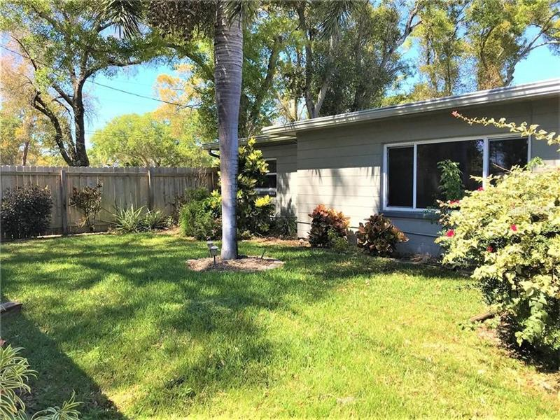 Photo of 1592 69Th Place S, St Petersburg, FL, 33705