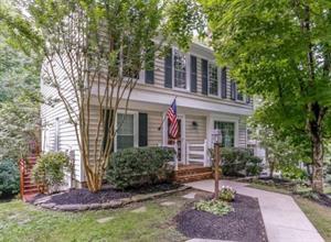 Home for rent in Lake Ridge, VA