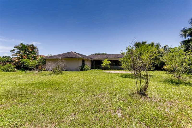 Photo of 13611 Ishnala Circle, Wellington, FL 33414