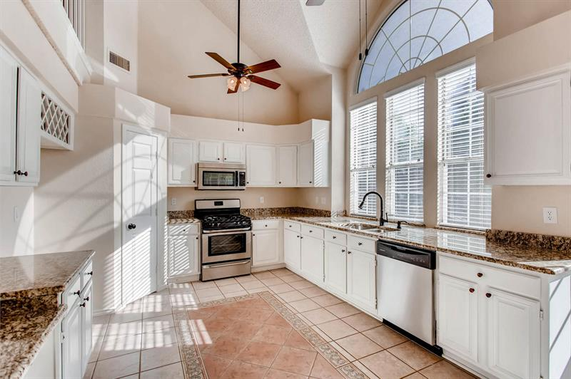 Photo of 2241 Cross Timber Dr, Mesquite, TX, 75181