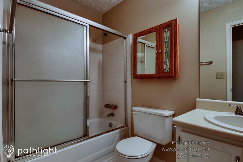 Photo of 575 Briarwood Rd, Tyrone, GA, 30290