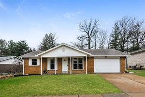 Home for rent in Chesterfield, MO