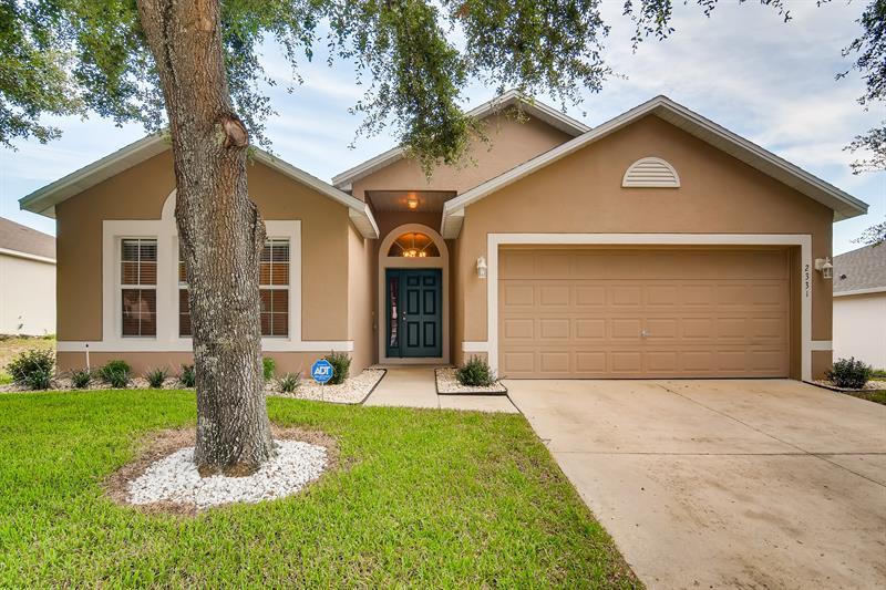 Photo of 2331 Sandridge Circle, Eustis, FL, 32726