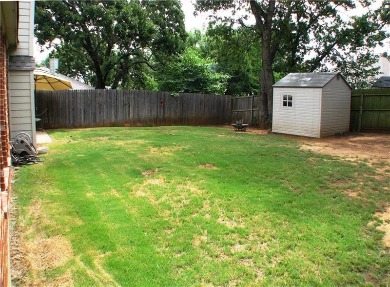 Photo of 2202 Knob Hill Dr, Denton, TX, 76210