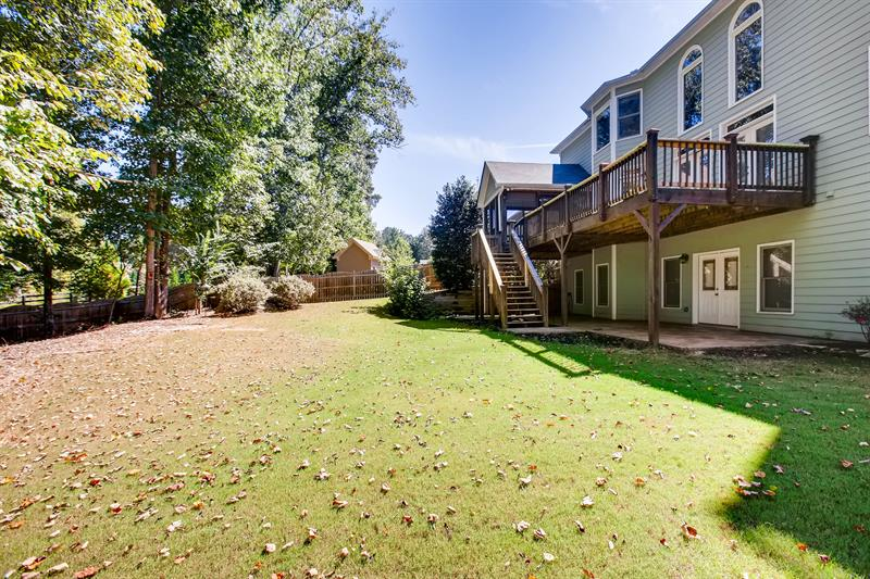 Photo of 4422 Walnut Creek Drive, Kennesaw, GA 30152