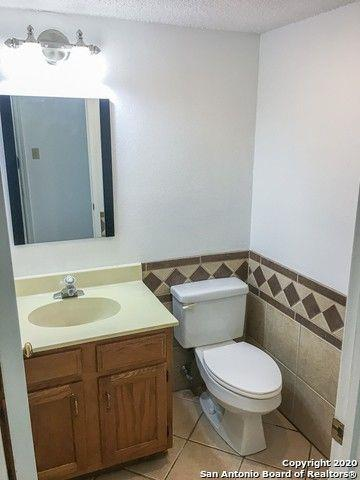 Photo of 13946 Chisom Creek Dr, San Antonio, TX, 78249