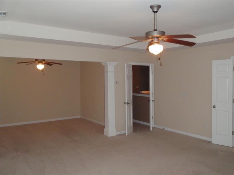 Photo of 112 Lakeshore Pkwy, Newnan, GA, 30263