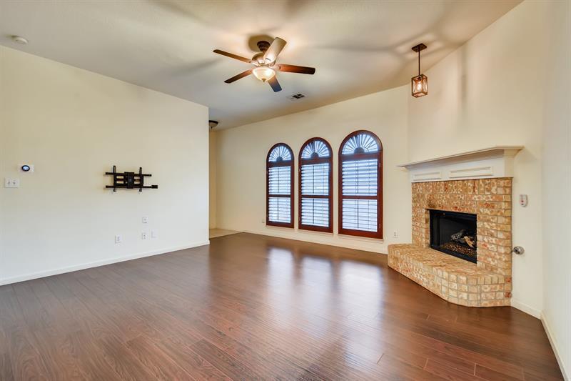 Photo of 4008 Jahvani Court, Carrollton, TX, 75007
