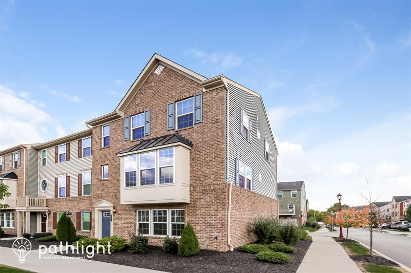 Photo of 301 Courage Ln, Cranberry Township, PA, 16066