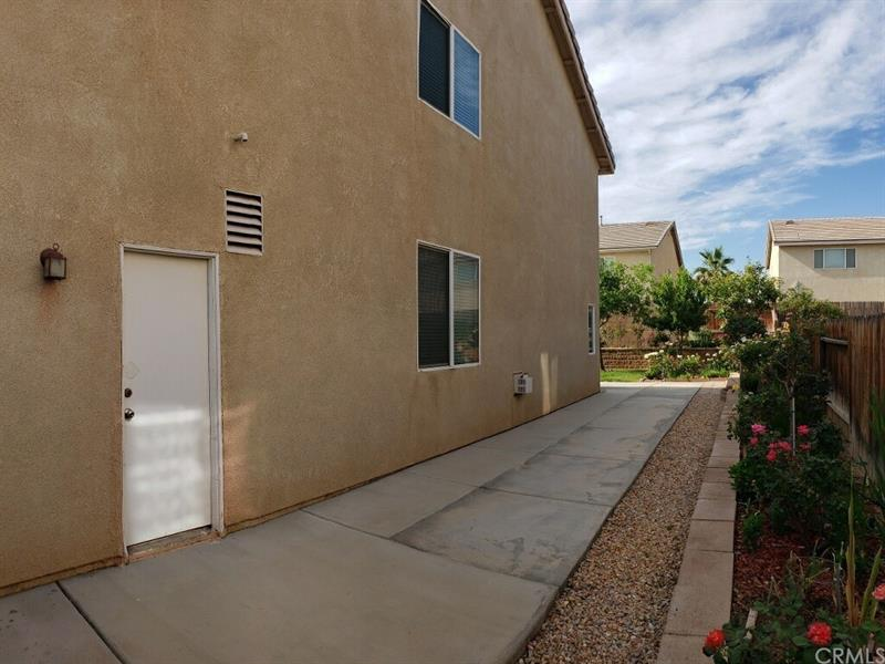 Photo of 14569 Rosemary Dr, Victorville, CA, 92394