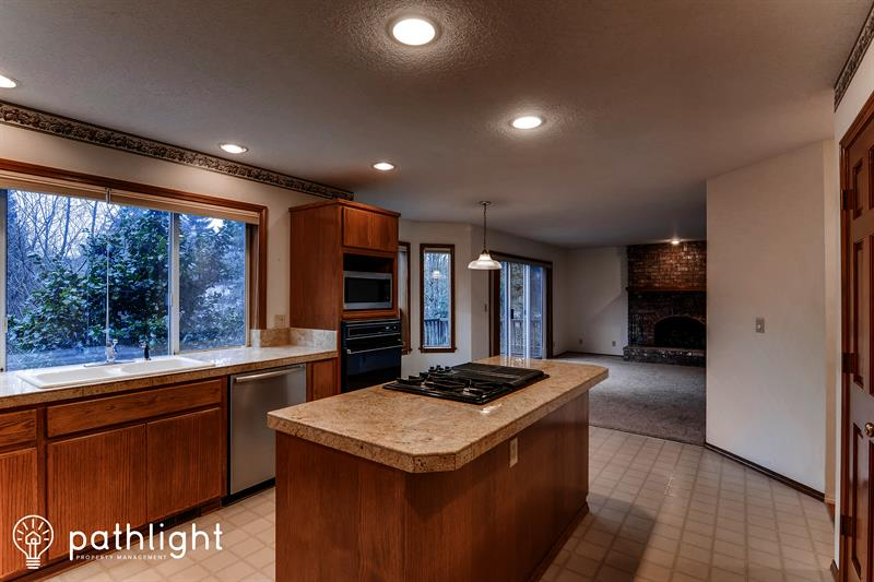 Photo of 10180 Southwest 148th Avenue, Beaverton, OR, 97007