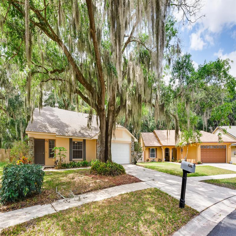 Photo of 2039 Shadow Pine Drive, Brandon, FL, 33511