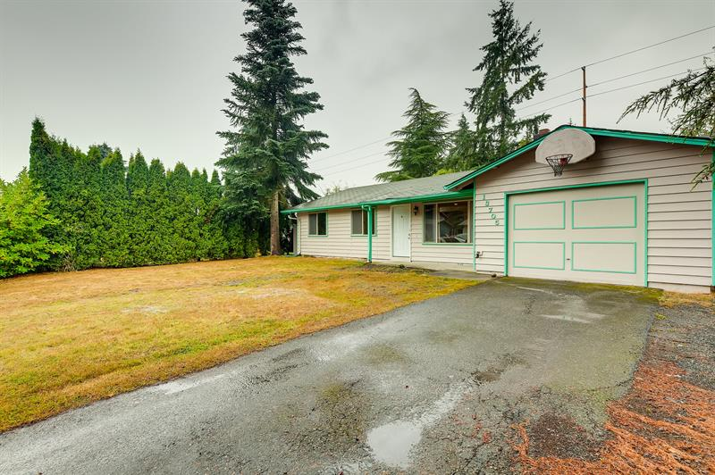 Photo of 13705 62nd Drive Southeast, Everett, WA 98208
