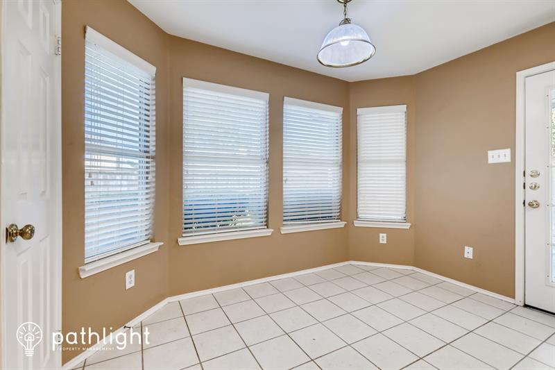 Photo of 1801 Pecan View Dr, Garland, TX, 75040