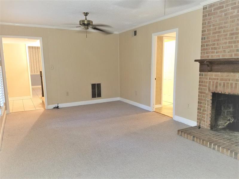 Photo of 11714 Harrowfield Rd, Charlotte, NC, 28226