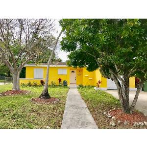 Home for rent in Homestead, FL