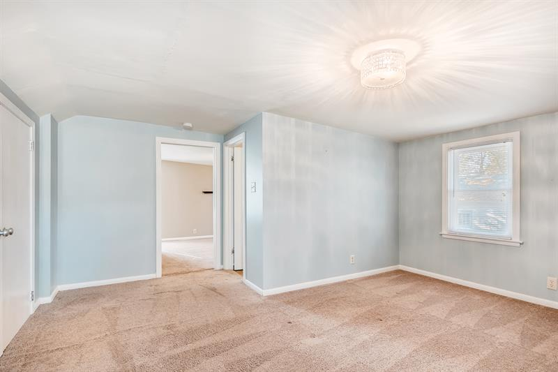 Photo of 2713 Ewing Avenue North, Robbinsdale, MN, 55422
