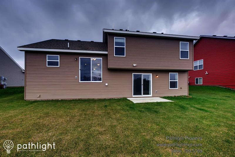 Photo of 20979 Guthrie Drive, Lakeville, MN, 55044
