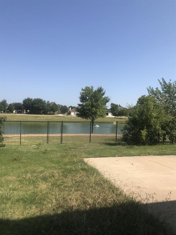 Photo of 2352 Shackleford Tr, Grand Prairie, TX 75052