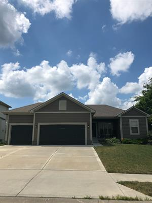 Home for rent in Lee's Summit, MO