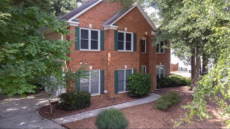 Photo of 6440 Fairgreen Drive, Suwanee, GA, 30024