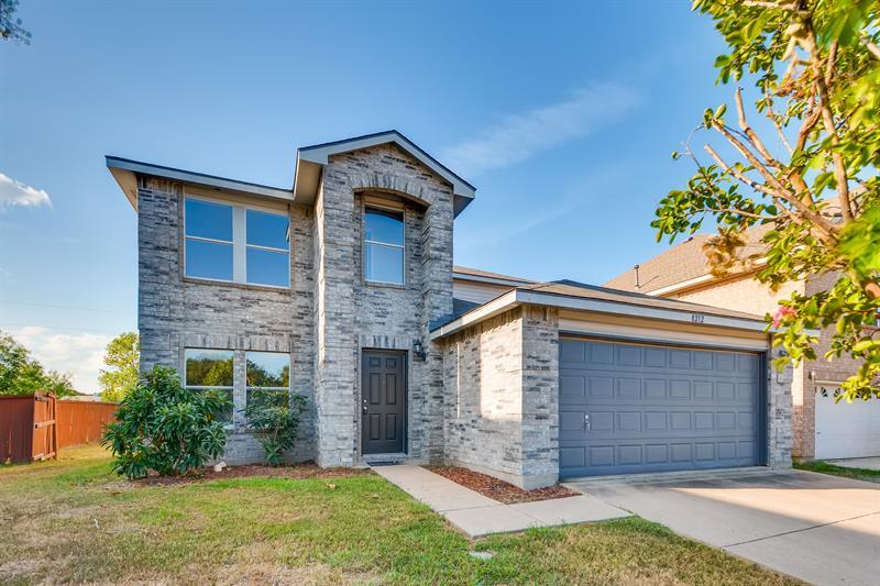 Photo of 8212 Montecito Drive, Denton, TX, 76210