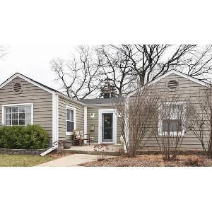 Home for rent in Downers Grove, IL