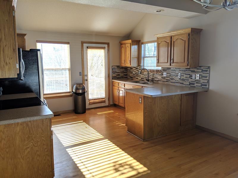 Photo of 1111 White Oak Ct, Raymore, MO, 64083