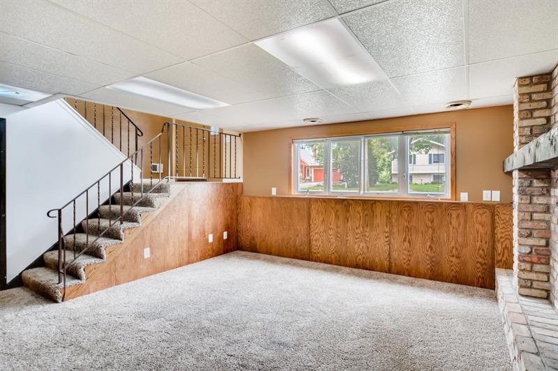 Photo of 7470 Berkshire Way, Maple Grove, MN 55311