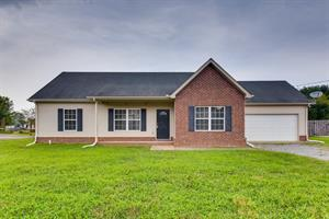 Home for rent in Christiana, TN