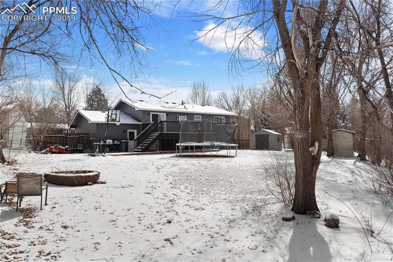 Photo of 419 Squire Ct, Colorado Springs, CO, 80911