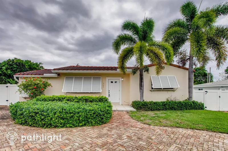 Photo of 305 Gulfstream Dr, Delray Beach, FL, 33444