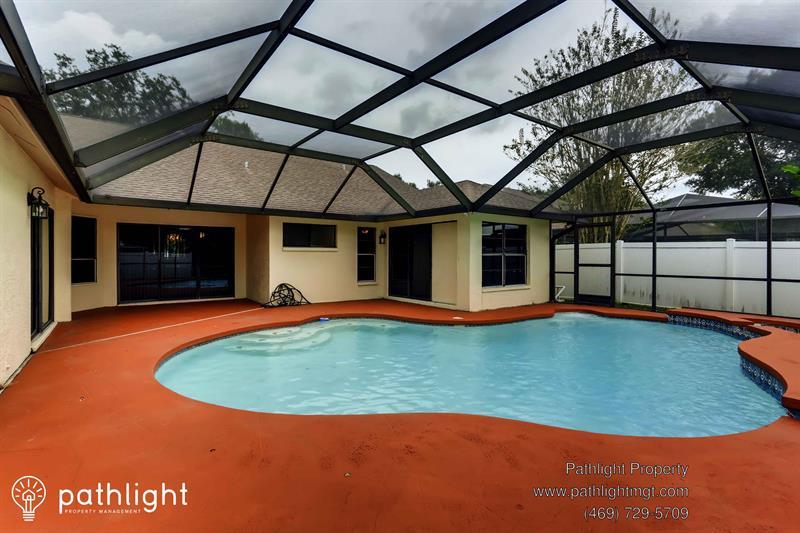 Photo of 9542 Pebble Glen Avenue, Tampa, FL, 33647