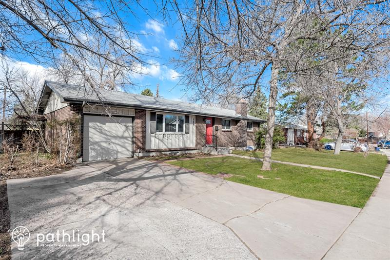 Photo of 562 West Easter Ave, Littleton, CO, 80120