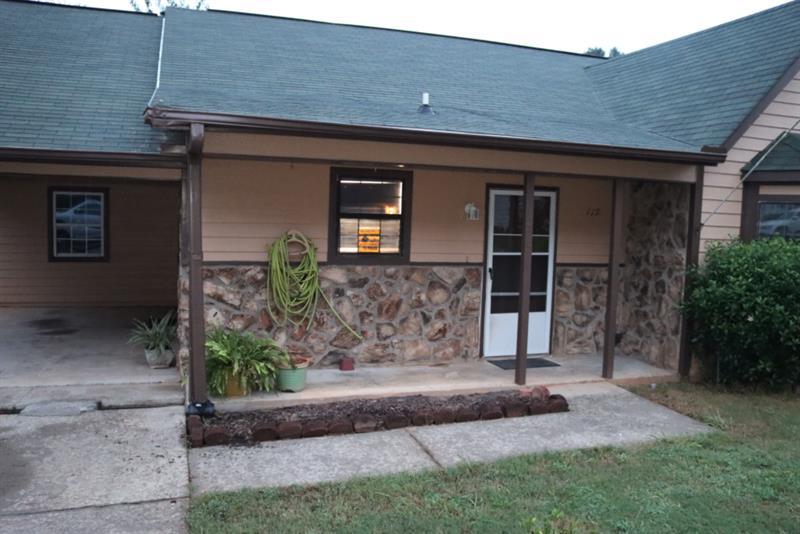 Photo of 119 Oak Cir S, Stockbridge, GA, 30281