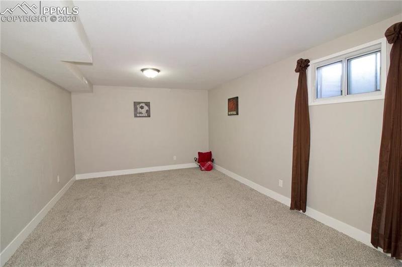 Photo of 718 N Kingsley Dr, Colorado Springs, CO, 80909
