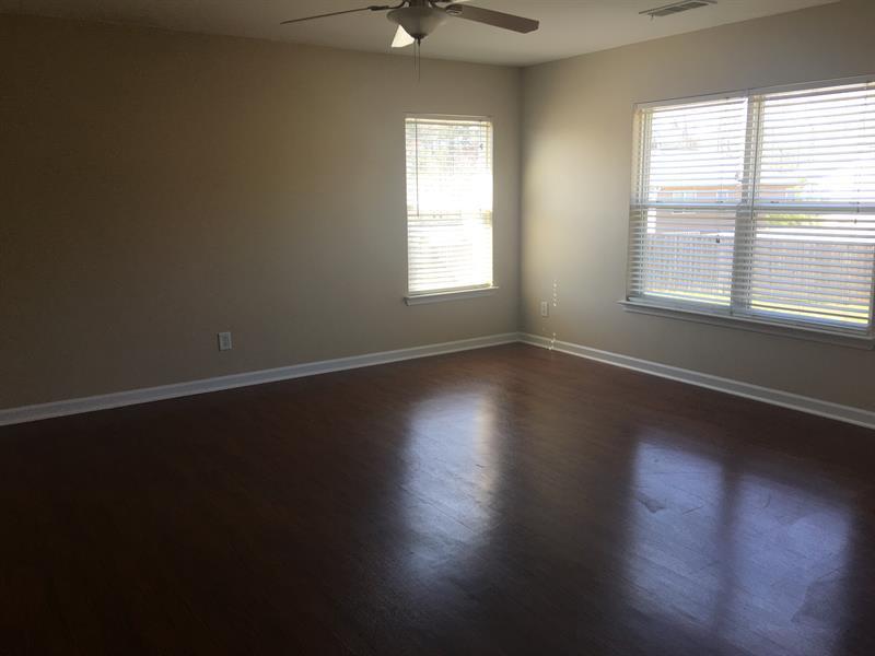 Photo of 39 Sage Ct, Dallas, GA, 30157