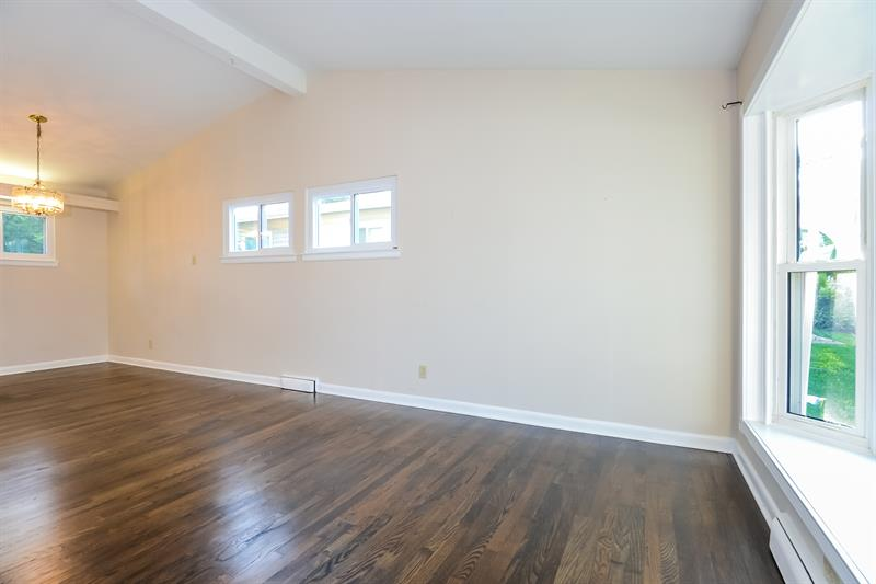 Photo of 612 Sessions Ave, St. Louis, MO 63126
