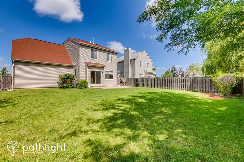 Photo of 727 S Parkside Dr, Round Lake, IL, 60073