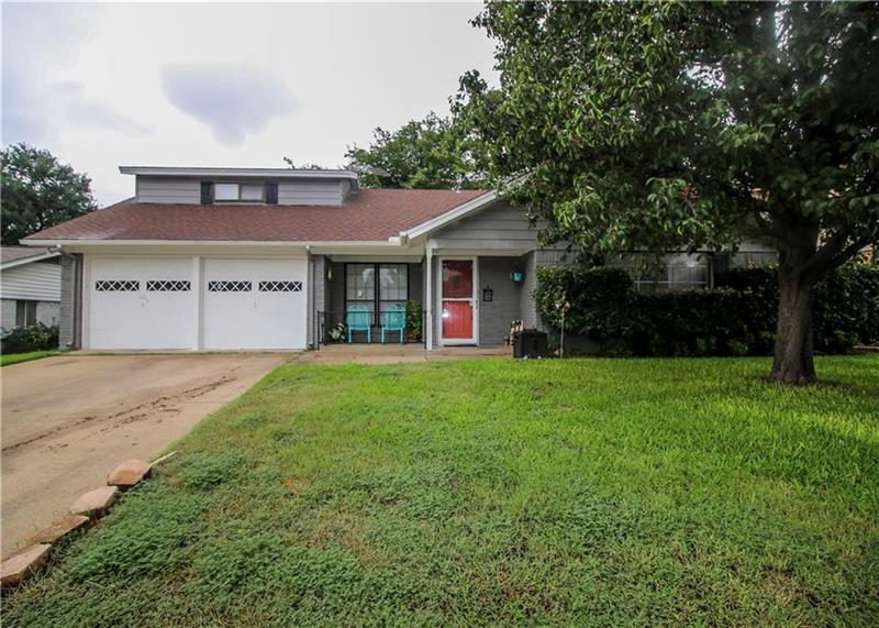 Photo of 744 Willow Street, Hurst, TX, 76053