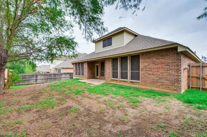 Photo of 1505 Parkside Dr, Mansfield, TX, 76063