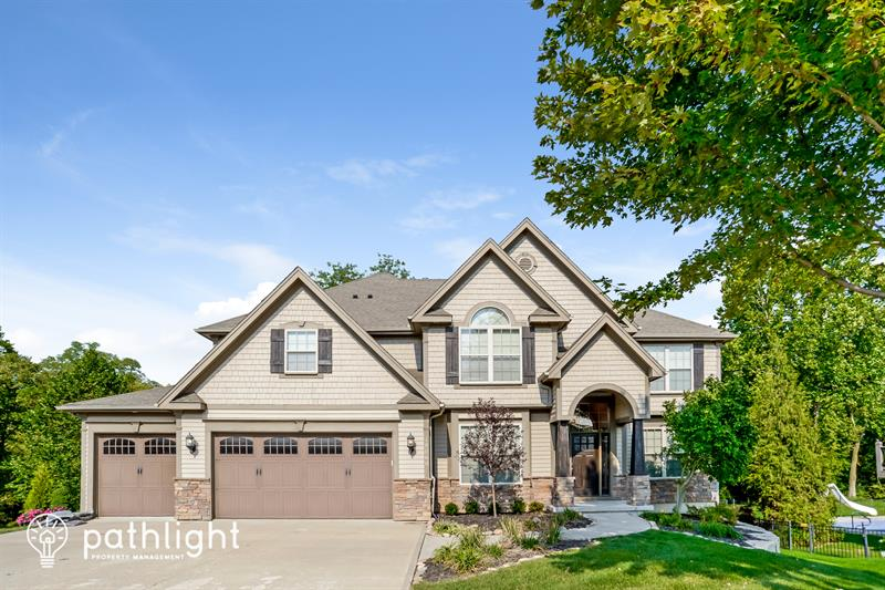 Photo of 18060 NW 127th Ct, Platte City, MO, 64079