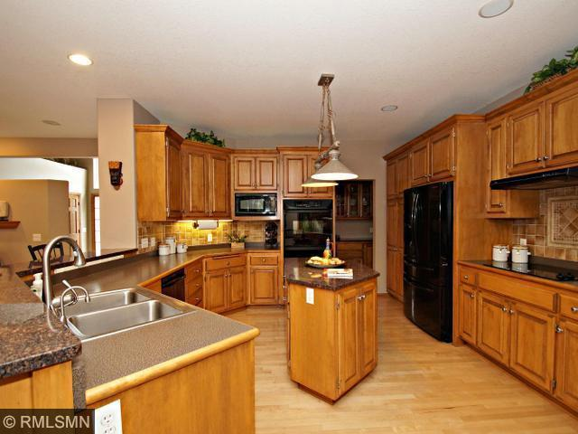 Photo of 8915 Umbria Pl N, Osseo, MN, 55311