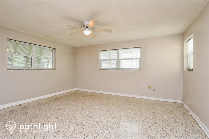 Photo of 1357 Burtwood Dr, Fort Myers, FL, 33901