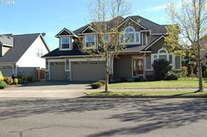Home for rent in Happy Valley, OR