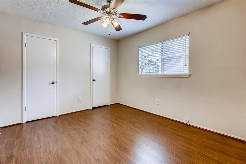 Photo of 215 Redbud Ct, League City, TX, 77573