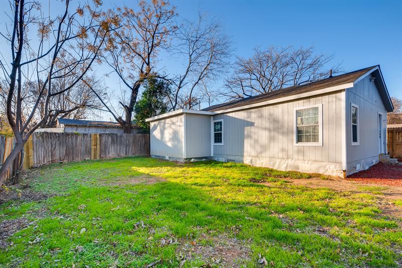 Photo of 3008 Van Horn Avenue, Fort Worth, TX, 76111